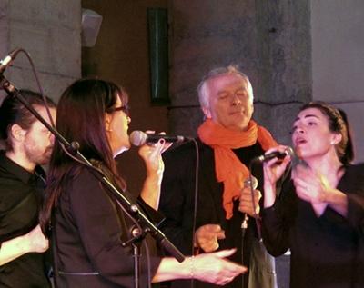 """Faire partager une tradition musicale à toute l'Europe, un résultat du """"chanter vrai"""" ? Ici le groupe polyvocal Corrou de Bèrra (photo MN)"""