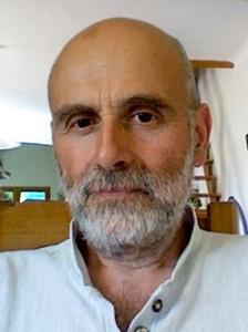 """Denis Roux va, avec d'autres, former des animateurs en provençal : """"nous voulons du palpable, transmettre le vocabulaire de la convivialité et des gestes du quotidien, à la cuisine ou au jardin, par exemple"""" (photo DR)"""