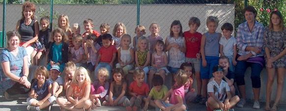 Le personnel et les élèves de la Calandreta de Gap (photo XDR)