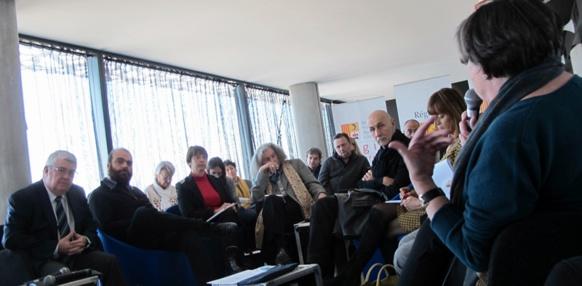 Une première rencontre, où le rayonnement culturel, la politique linguistique et les questions d'identité ont été abordées par une trentaine d'acteurs de la vie culturelle régionale et régionaliste (photo MN)
