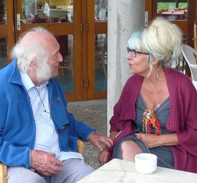 """Marcel Meaufront en 2014 avec l'illustratrice de son recueil """"D'Egò e d'Eròs"""" (photo XDR)"""