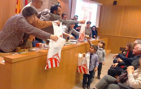 La Dictada a été organisée dans une quarantaine de villes françaises ...et à Barcelona, où le Caoc n'a pas oublié les petits (photo XDR)
