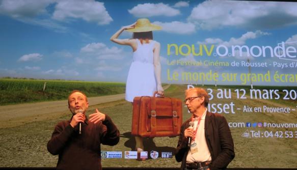 """Le 12 mars dernier à la clôture du Festival du film de Rousset (13); """"levez le doigt les ceuss qui ont aidé le film !"""" (Photo MN)"""