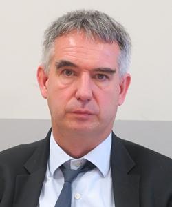 """Laurent Roy, directeur du Bassin Rhône Méditerranée de l'Agence de l'Eau : """"l'eau manque d'ores et déjà de façon chronique pour satisfaire tous les usages, tout en respectant le bon état du milieu"""" (photo MN)"""