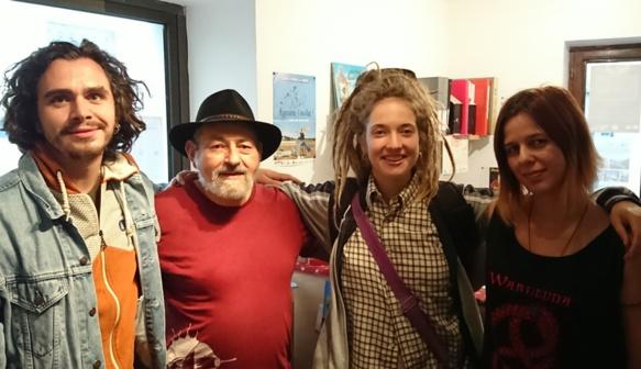 A la librairie de l'Espace Occitan dels Aups, qui les invitait : Paulin Courtial, Jorgi Camani (pdt IEO 04), Alidé Sans et Lisa Pradeilhe, la libriaire (photo MN)
