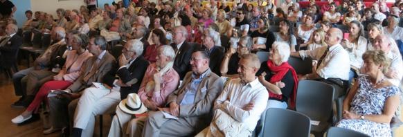 Deux à trois cents personnes assistent régulièrement à la remise du Grand Prix Littéraire de Provence (photo MN)