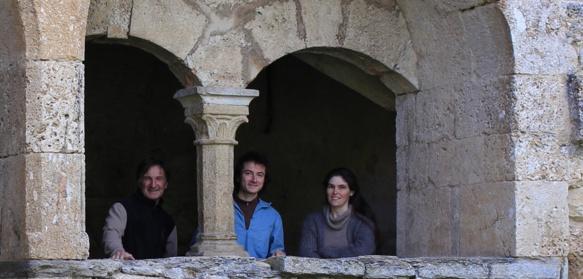 Le double CD a été conçu lors d'une résidence à l'Abbaye de Valcroissant. De gauche à droite Thierry Cornillon, David Zubeldia, Domitile Vigneron (photo XDR)