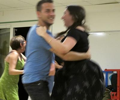 Ateliers le jour, conférences le soir, et balèti la nuit (photo MN)