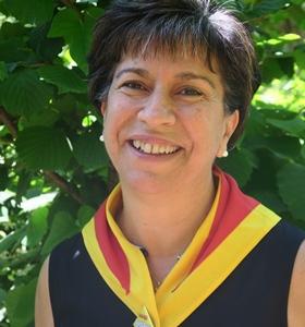 """Mireille Benedetti : """"nous avons commencé par les activités péri-scolaire et compté sur la volonté citoyenne de voir enseigner le provençal. Les professionnels ont adhéré"""" (photo MN)"""