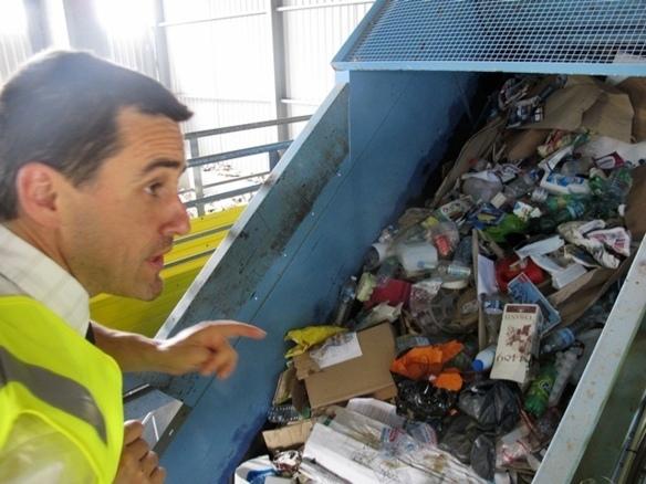 Le système de taxes d'Eco Emballages (ici le délégué Sud Est Richard Quemin) favorise désormais l'emploi de plastiques recyclables (photo MN)