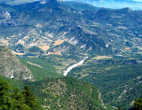 La vallée du Jabron depuis l'ubac de la montagne de Lure (photo MN)