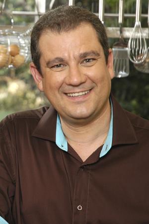 """Frédéric Soulié a présenté des émissions culinaires et reste correspondant régional de l'émission """"En direct chez vous"""" (photo France 3 DR)"""