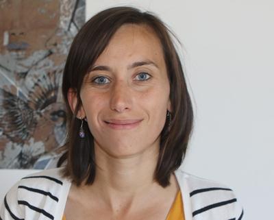 Enseignante bilingue Elodie Coudert attend les premiers élèves de la maternelle calandreta de Valréas (photo XDR)