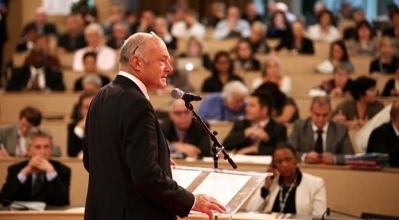 Le président de l'Association des Régions de France Alain Rousset à Lyon le 19 octobre. Il réclame une meilleure représentation des Régions dans la future Banque Publique d'Investissement (Photo Hugues-Marie Duclos/ ARF)