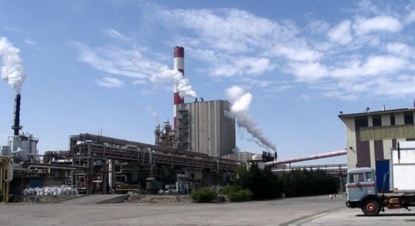 L'unique usine de pâte à papier doit fonctionner en continu grâce à 3500 fournisseurs (photo MN)