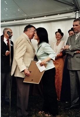 """Remise du prix Vouland en mai 2004. """"Au fond je n'avais rien fait véritablement encore"""" (photo MN)"""