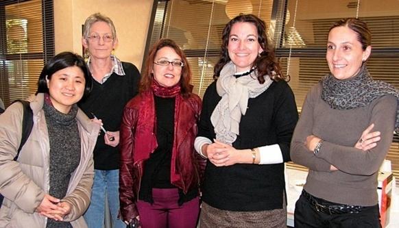 A Nîmes en février 2013. Naoko Sano retrouve des enseignantes d'occitan durant un voyage scolaire (Photo Lise Gros DR)