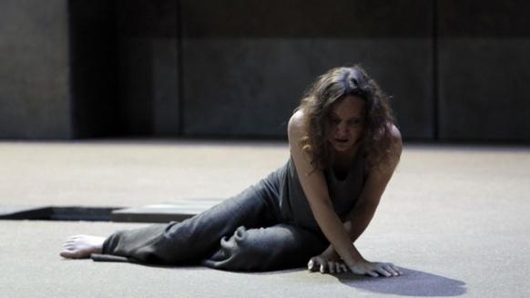 Elektra plie tout et tous à son désir vengeur. ça ne peut que mal finir (photo Festival d'Aix DR)