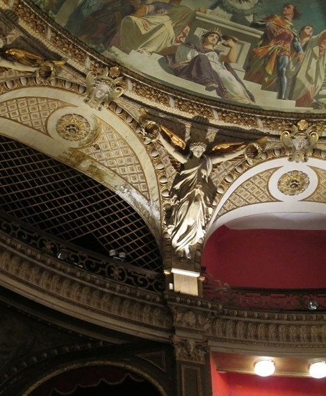 L'Opéra toulonnais programmera sept opéras au total en 2013-14 (photo MN)
