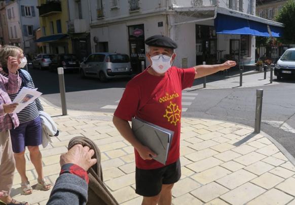 L'occitan s'invite sur toutes les plaques de rues de Gap, mais aussi par le nom de certaines gloires de la littérature (photo MN)