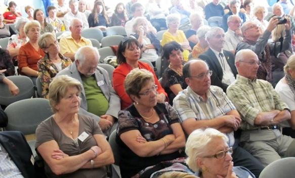 De nombreux membres de Parlaren, en particulier, étaient venus à Ventabren fêter le majoral Courbet (photo MN)