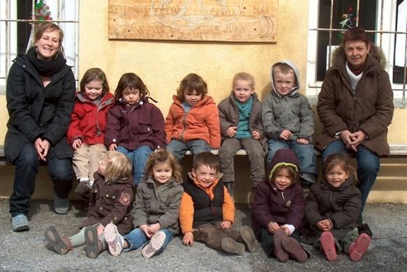 Les jeunes calendrons de Gap en 2008. Enseignement en immersion en occitan et méthode pédagogique Freinet (photo XDR)