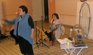 Magali, la Cato Blanco e lou Calignaire...Mistral mis en scène à Mirabel-les-Baronnies (photo AC)