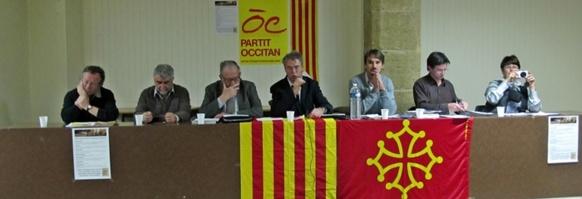 Autour d'Hervé Guerrera, élus, chercheurs et responsables associatifs essayaient de définir une politique muséale pour la Provence (photo MN)
