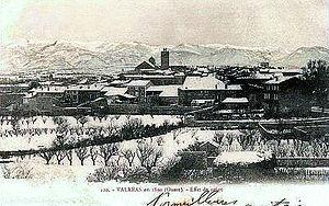 Durant l'hiver 1890, sous la neige. En 2014, sous le glacis ? (photo archives DR)