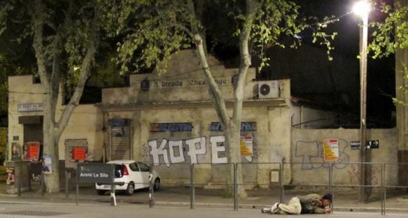 Dans une série d'articles le lauréat du prix Albert Londres avait mis en relation pauvreté dans les quartiers de Marseille et économie des stupéfiants, loin des habituels clichés (photo MN)