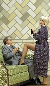 Fiorilla (la soprano Olga Peretyatko), un beau personnage féministe avant l'heure. Evidemment elle effraie les hommes (photo Patrick Berger DR)