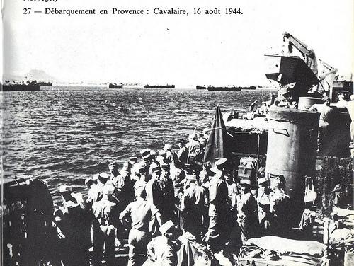 Les troupes françaises débarquent à Cavalaire (XDR)