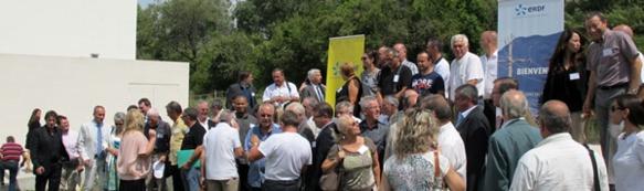 """A l'heure des """"smartgrids"""" (les territoires dits 'intelligents"""") de nombreux élus s'étaient rendus à St-Rémy pour s'informer des enjeux liés au compteur de nouvelle génération (photo MN)"""