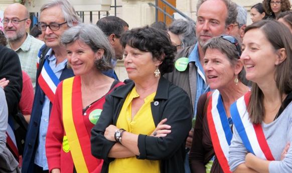 Une vingtaine d'élus, surtout EELV, autour de Michèle Rivasi, ont appuyé les 500 manifestants de Gardanne (Photo MN)
