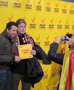 """La campagne électorale, bruyante et festive pendant que l'Etat condamnait la consultation pour """"antidémocratisme"""" (photo MN)"""