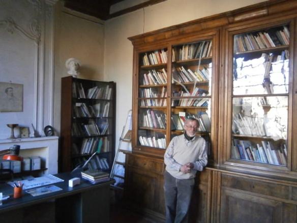 Jean-Marc Courbet est le responsable du Centre de Documentation Provençale.