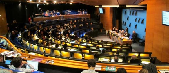 239 élus et leurs collaborateurs à caser ici (photo MN)