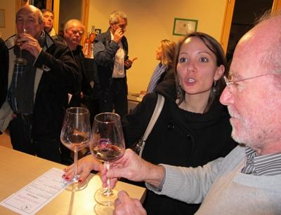 Mais oui ! on peut commenter la qualité de l'information et dans la foulée celle du vin... (photo MN)