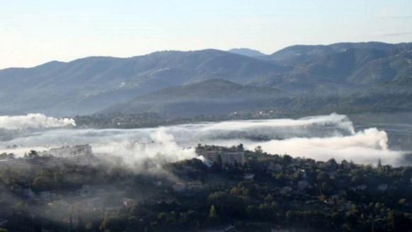 En vallée de Siagne (06), le brûlage de déchets verts fait la pollution atmosphérique (photo B Rocher / Air Paca DR)
