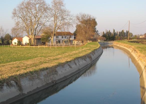 210 km d'ouvrages principaux et des centaines de canaux secondaires, vannes, pompes, etc. gérés à partir du nouveau centre du Tholonet pour deux millions d'utilisateurs (photo MN)