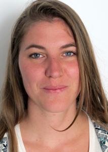 """Paloma Boudou (Arpe Paca) anime le site internet des chemins de la biodiversité : """"faire connaitre mieux les propositions de visites et d'animations"""" (photo MN)"""