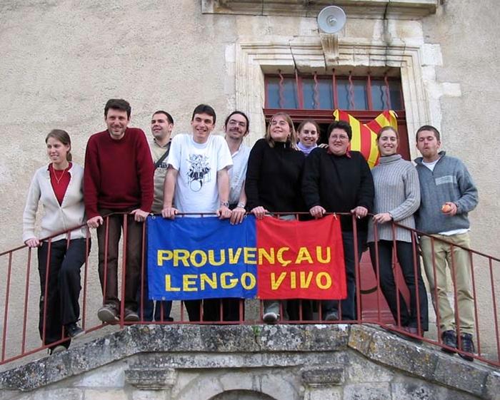 L'équipe pédagogique de l'association Prouvençau Lengo Vivo, ici en 2010 (photo XDR)