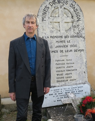 Son grand-père Antonin, Stephen Parraud ne l'a pas connu. Une stèle rappelle que les mineurs ont payé un tribut de sang à Saint-Maime (photo MN)