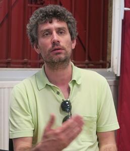 "Julien Campredon : ""Nos manca lo biais administratiu de menar nòstrei projècts"" (Photo MN)"