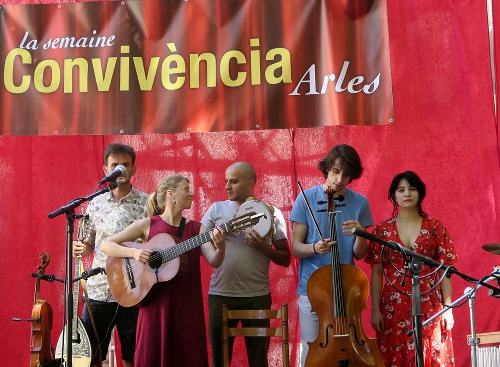 Le lieu de quelques belles découvertes, pour partie dans la musique dite occitane, tel Cylsee chantant Max Rouquette en juillet dernier (photo MN)