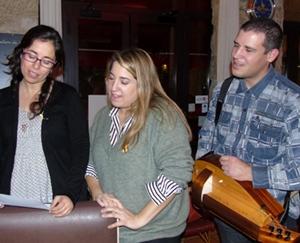 Textes lus, chants engagés...La musique a tenu sa place dans le débat (photo XDR)