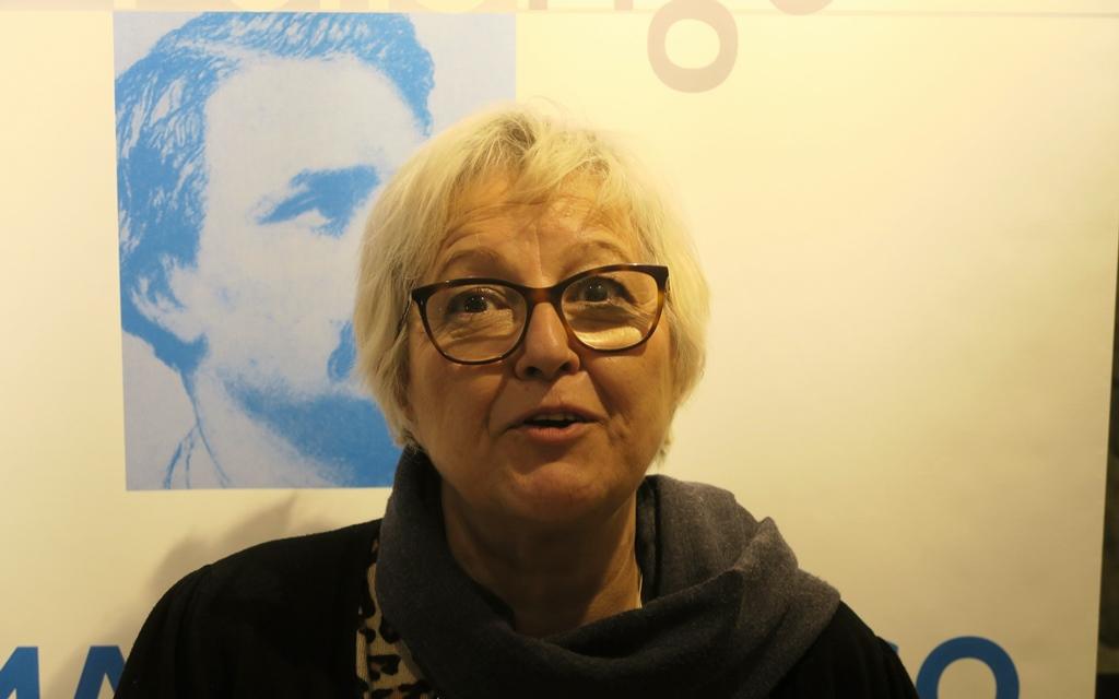 Avec le Majorau Réinié Martel, Bregido Dempton veillait sur la Librejado. Elle irrigue chaque semaine le public avec une lettre d'information envoyée à des milliers de passionnés de culture provençale (photo MN)
