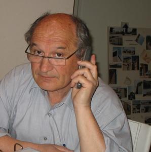 """Bernat Vaton, le fondateur de la Calandreta d'Orange : """"ce que craint l'administration, c'est le bruit, alors faisons en !"""" (photo MN)"""