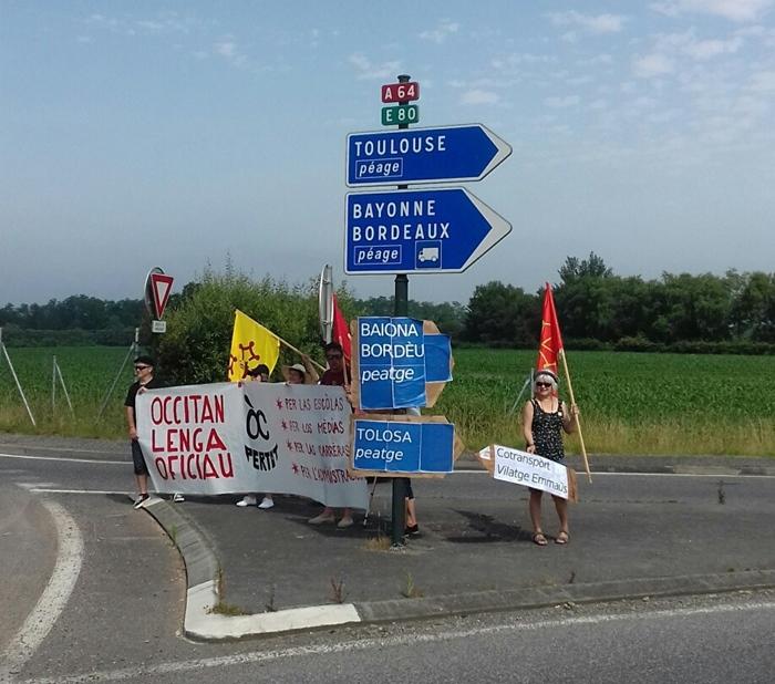 Sortie d'autoroute le 29 juin à Lescar (64) (photo Oc pertot DR)