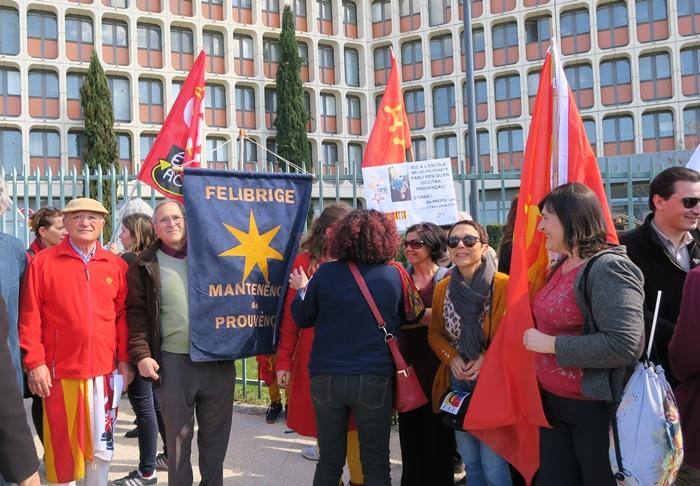 Première manifestation contre la réforme Blanquer, déjà à Aix le 20 mars 2019 (photo MN)